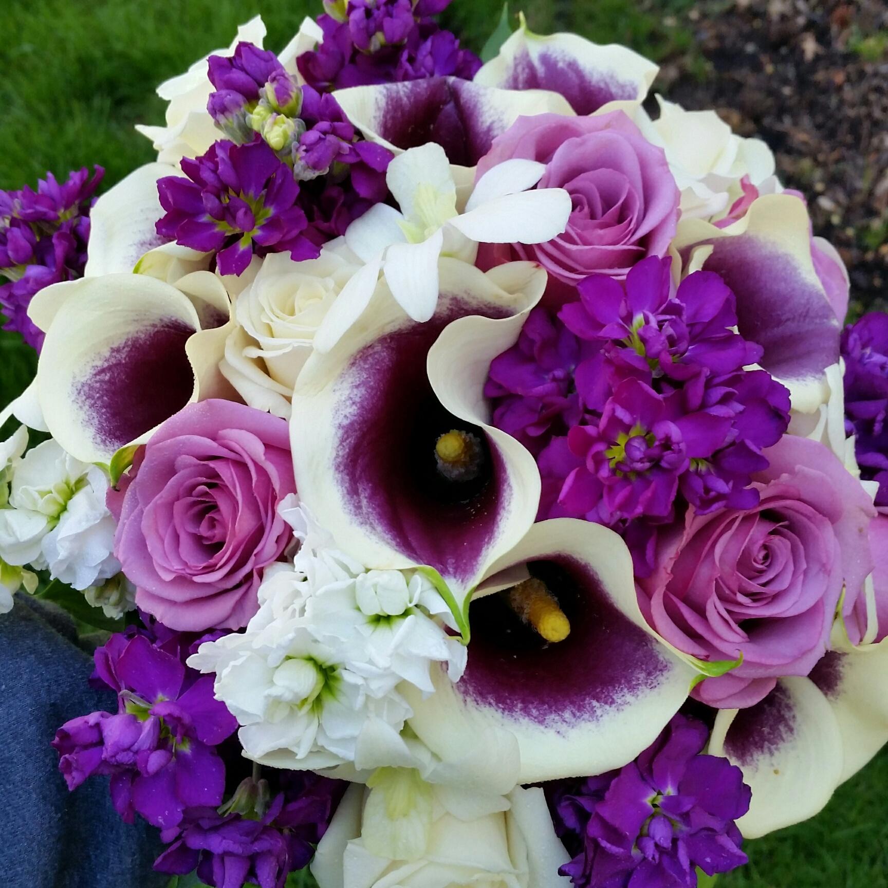 Cranford Resident Creates GORGEOUS Floral Arrangements