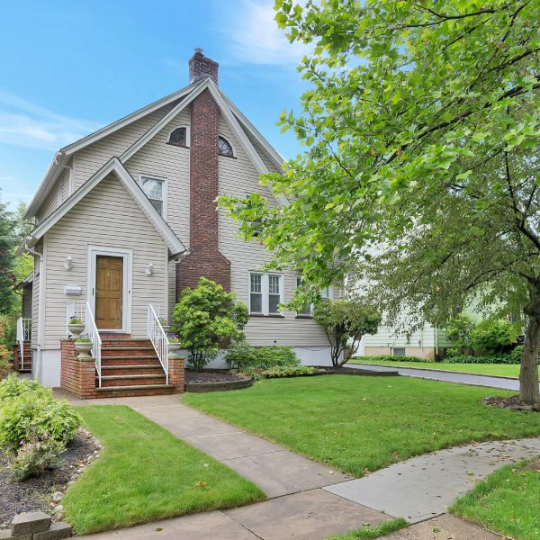 Cranford Home For Sale! $539,000  Open House 6/4/17  1-4pm