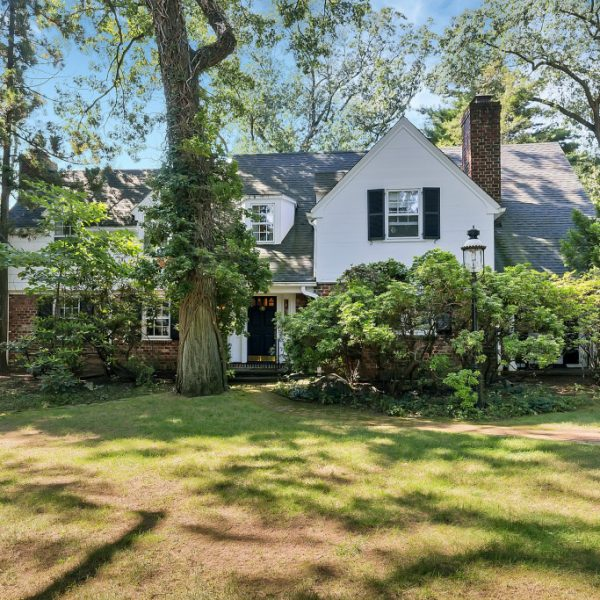 Classic Home in the Beautiful Wychwood Neighborhood of Westfield, NJ