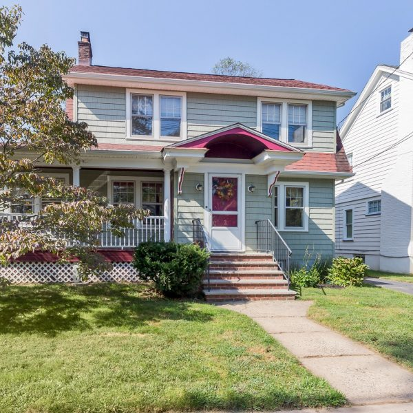 Charming 4BR Cranford Colonial Just Steps From Downtown!