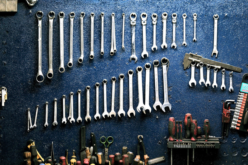 organize your garage tips